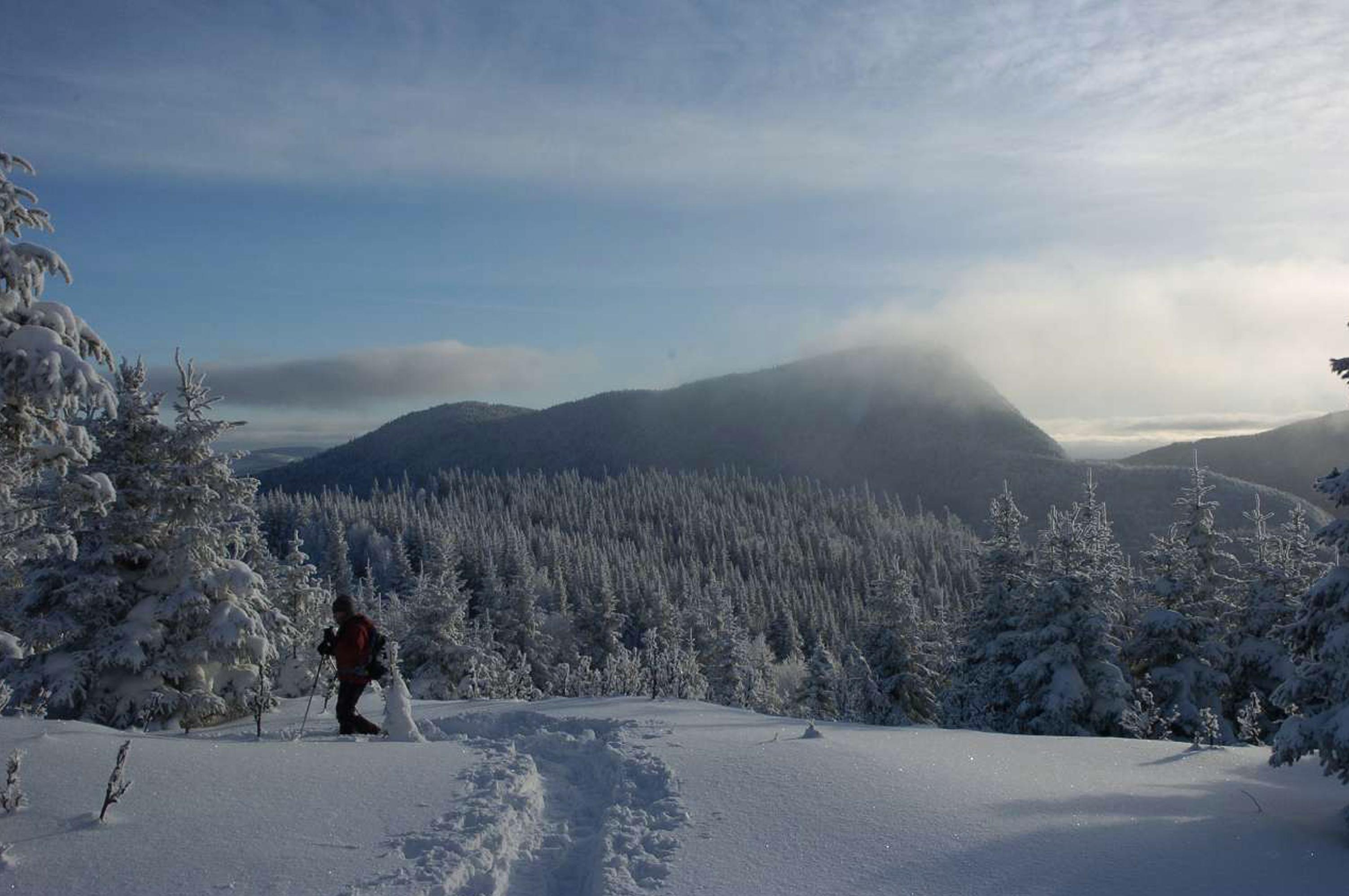 Auberge de montagne des chic chocs ski de haute route for Auberge du pin rouge